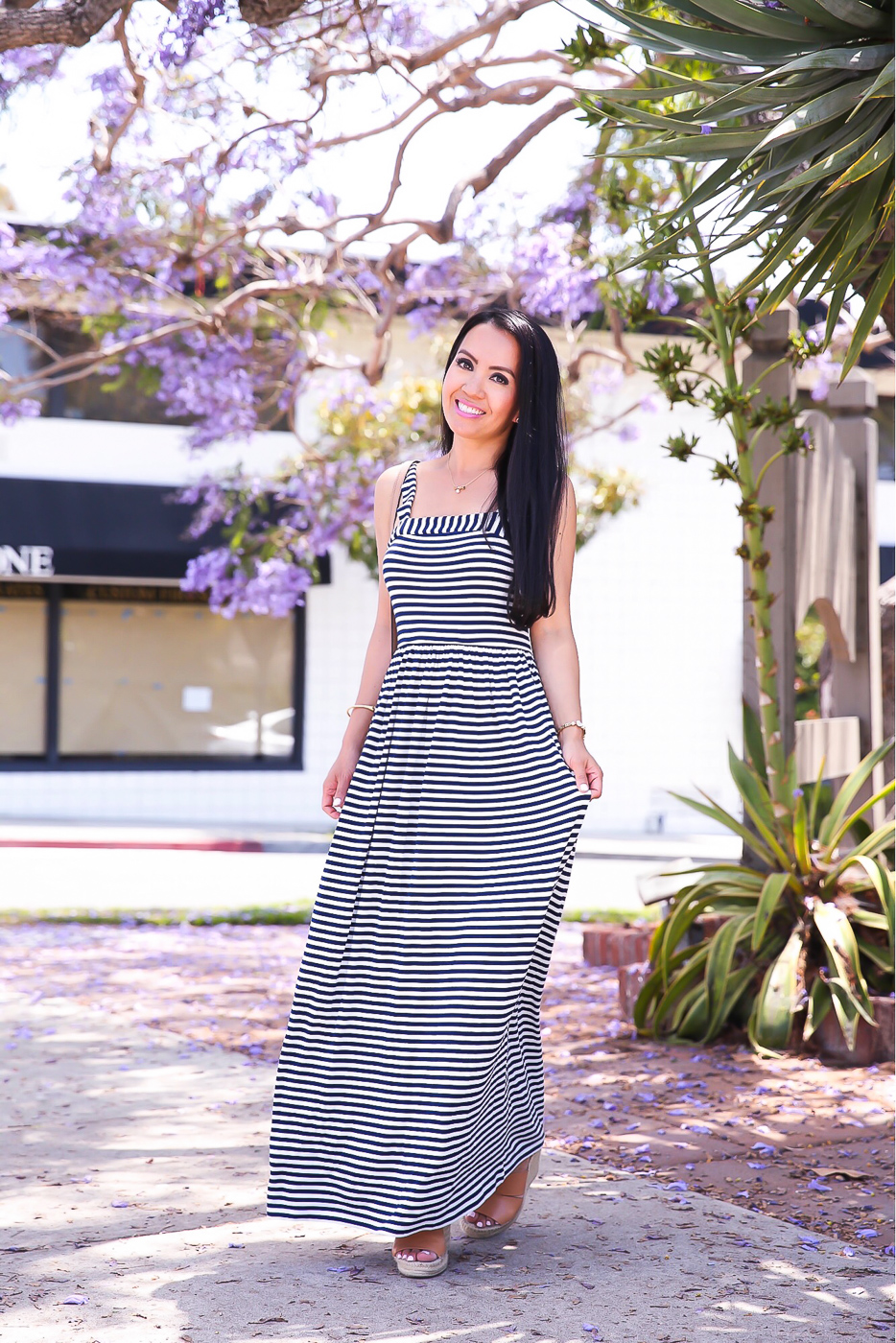 striped maxi dress summer outfit