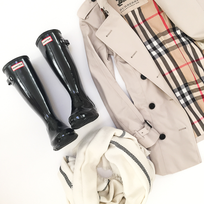 Burberry Trench coat Black Hunter rain boots plaid scarf Burberry monttram trench coat Burberry size 0